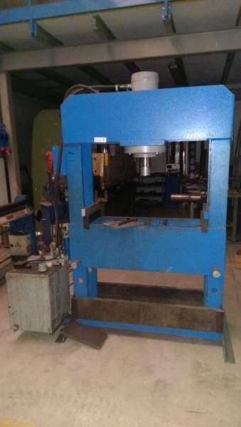 Profilo utente sidicom group s r l for Pressa idraulica 100 ton usata